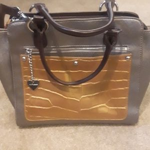Like new Aurielle Two-Toned Leather Shoulder Bag